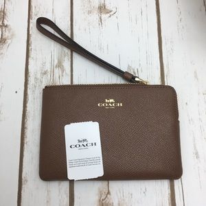 NWT Coach Small Zip Wristlet Saddle Brown F58032